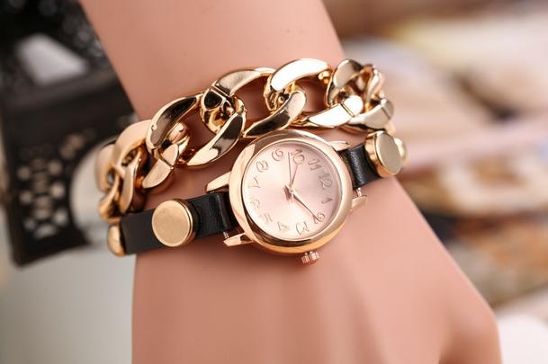 Часы-браслет (цвета в ассортименте)