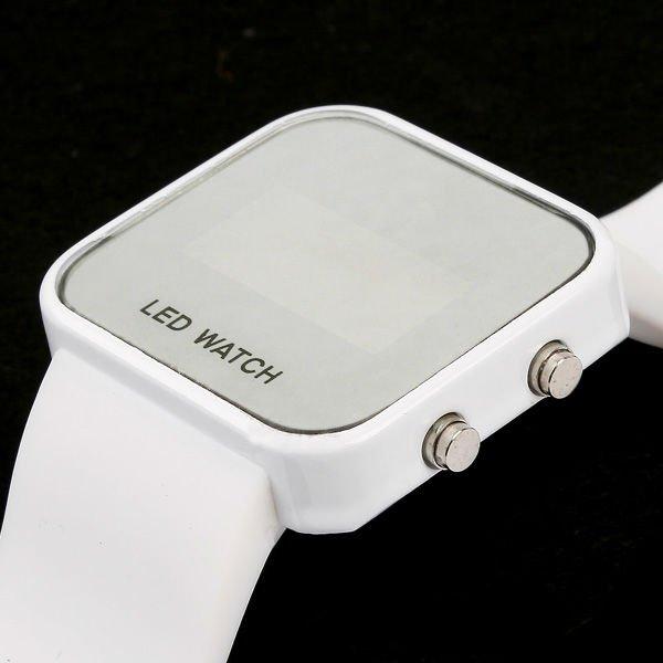 46e57403 Распродажа : LED-часы Зеркальные